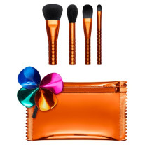 MAC SHINY PRETTY THINGS BRUSH PARTY: FACE FOCUS Набор